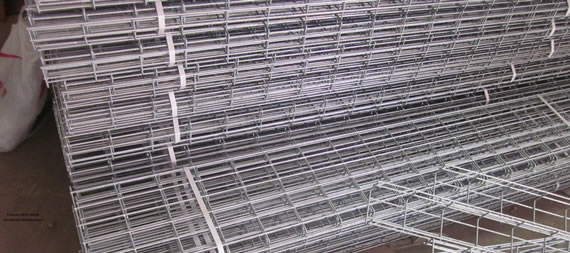 Welded Mesh Wire Cable Trays: Big Mesh Opening Allows Easy Line ...